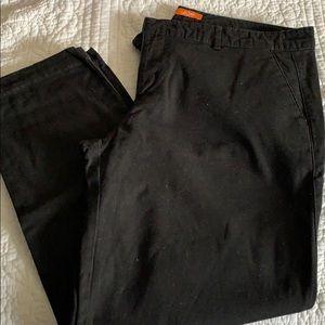 Black short khaki pants